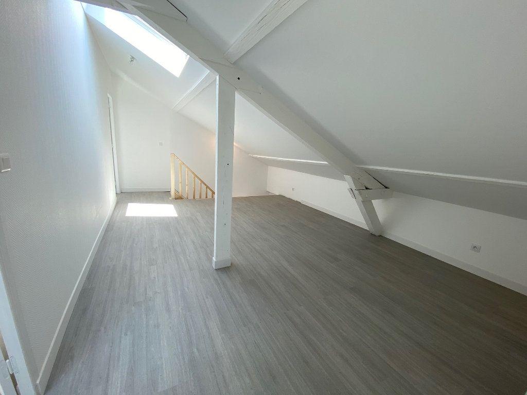 Appartement à louer 4 85m2 à Noisy-le-Sec vignette-8