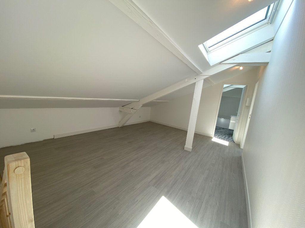 Appartement à louer 4 85m2 à Noisy-le-Sec vignette-9