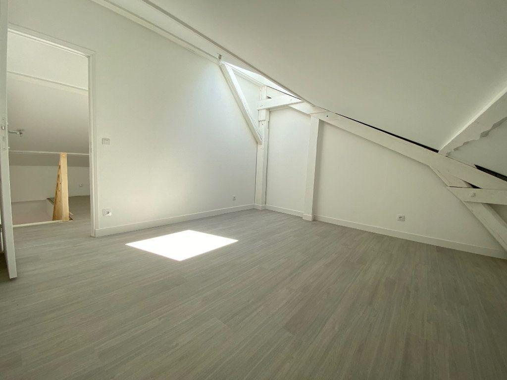 Appartement à louer 4 85m2 à Noisy-le-Sec vignette-12