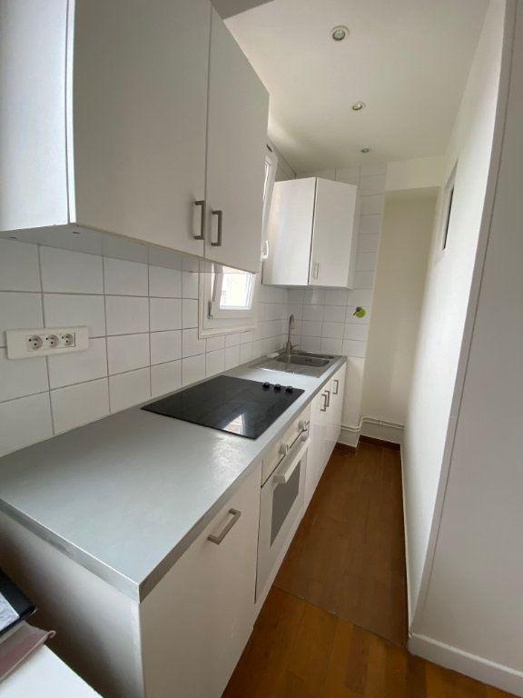 Appartement à louer 3 41m2 à Romainville vignette-3