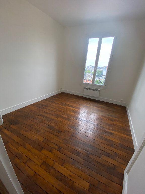 Appartement à louer 3 41m2 à Romainville vignette-8