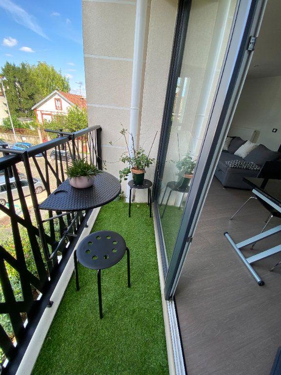 Appartement à louer 3 63m2 à Noisy-le-Sec vignette-8