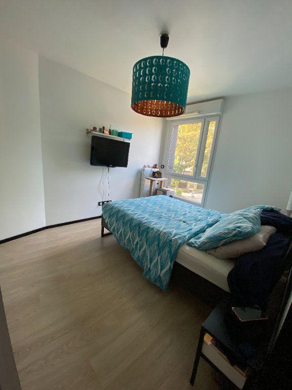 Appartement à louer 3 63m2 à Noisy-le-Sec vignette-9