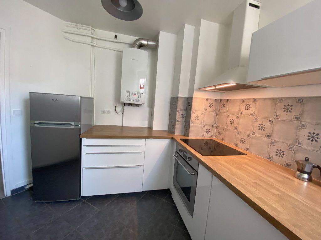 Appartement à louer 3 58m2 à Romainville vignette-5