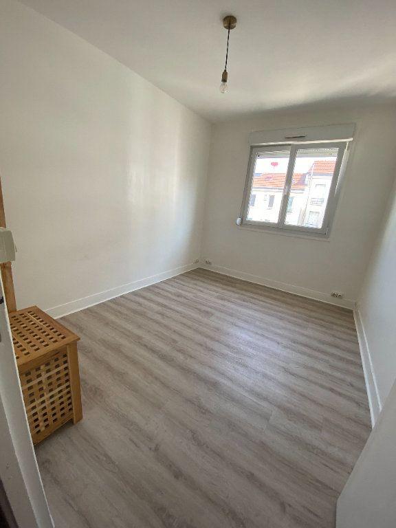Appartement à louer 3 58m2 à Romainville vignette-10