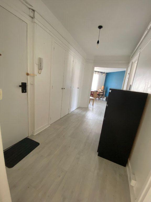 Appartement à louer 3 58m2 à Romainville vignette-12
