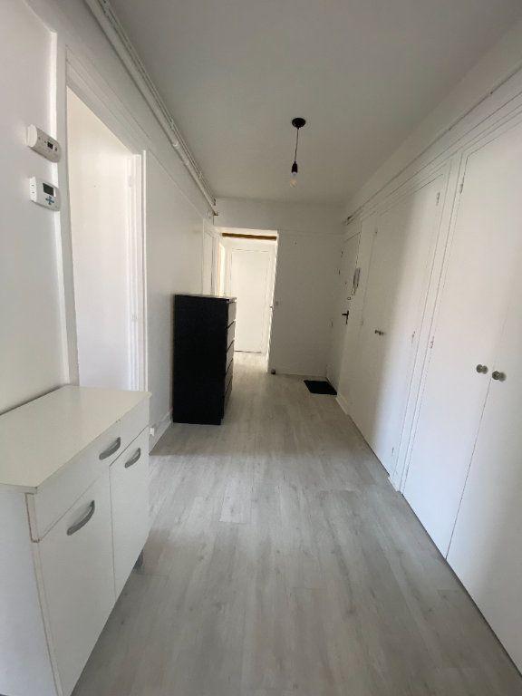 Appartement à louer 3 58m2 à Romainville vignette-13