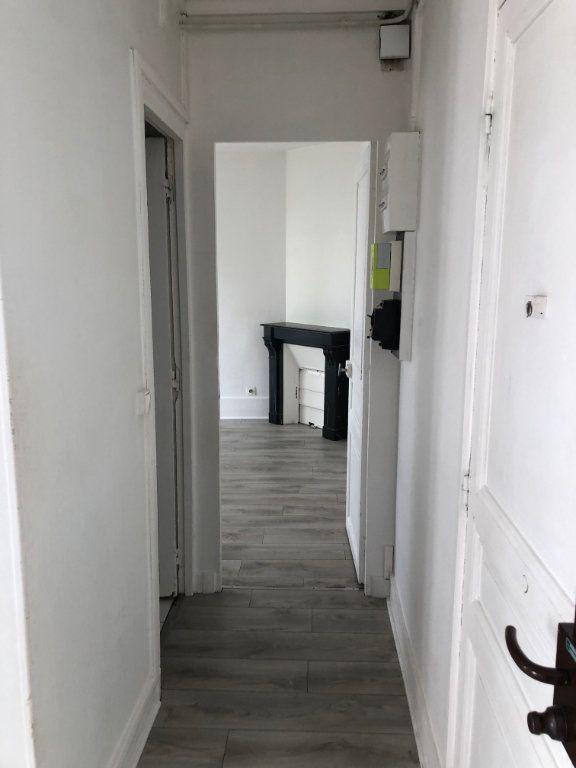 Appartement à louer 3 43.55m2 à Noisy-le-Sec vignette-1