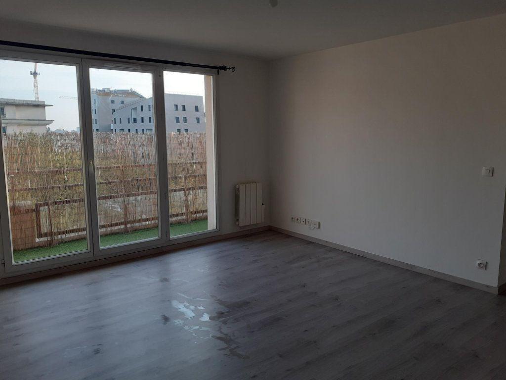 Appartement à louer 2 44.37m2 à Rosny-sous-Bois vignette-7