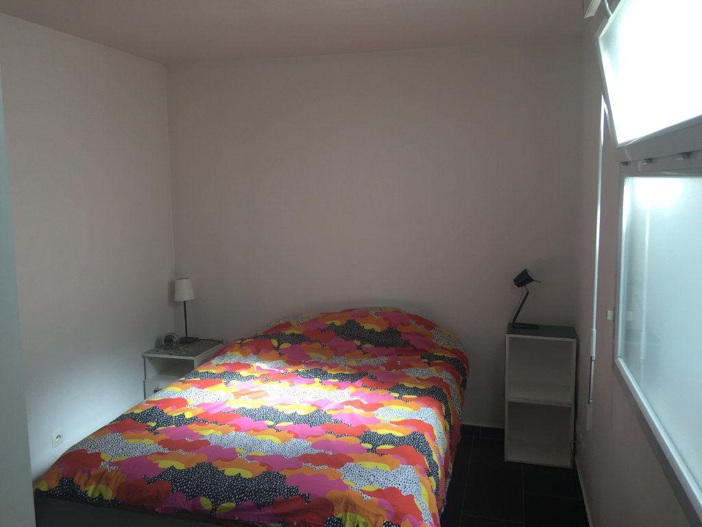 Appartement à louer 2 40.61m2 à Romainville vignette-3