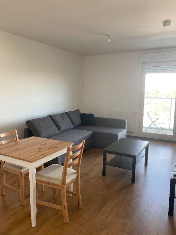 Appartement à louer 1 26.4m2 à Romainville vignette-2