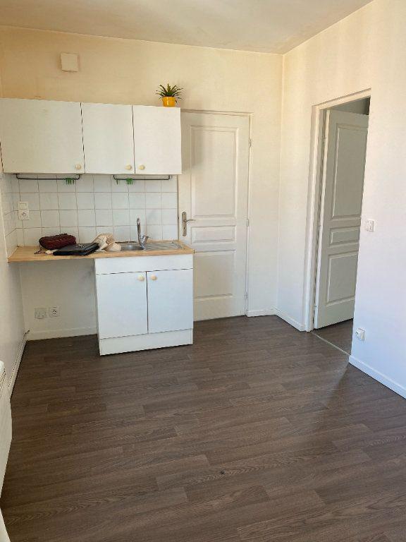 Appartement à louer 2 24.08m2 à Montreuil vignette-1