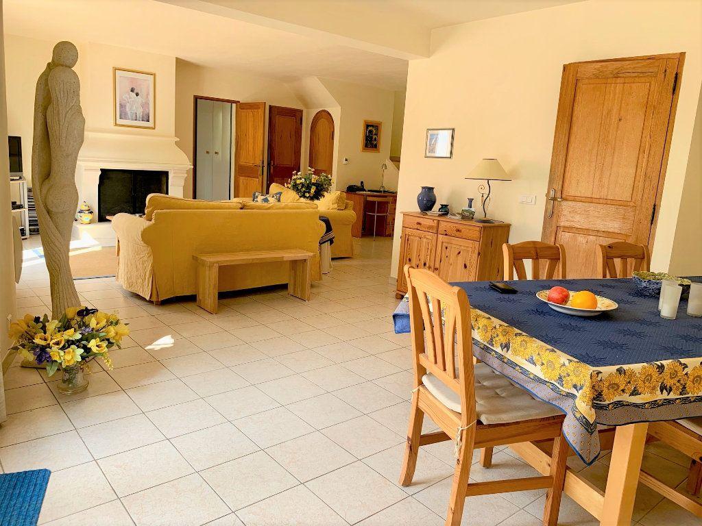 Maison à vendre 6 182m2 à Le Val vignette-4