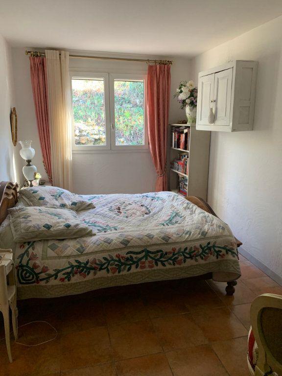 Maison à vendre 4 100m2 à Saint-Maximin-la-Sainte-Baume vignette-5