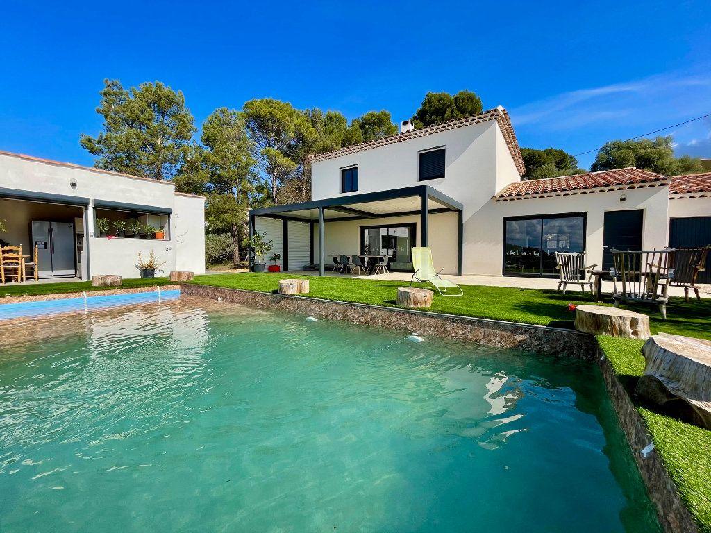 Maison à vendre 5 163m2 à Cotignac vignette-1