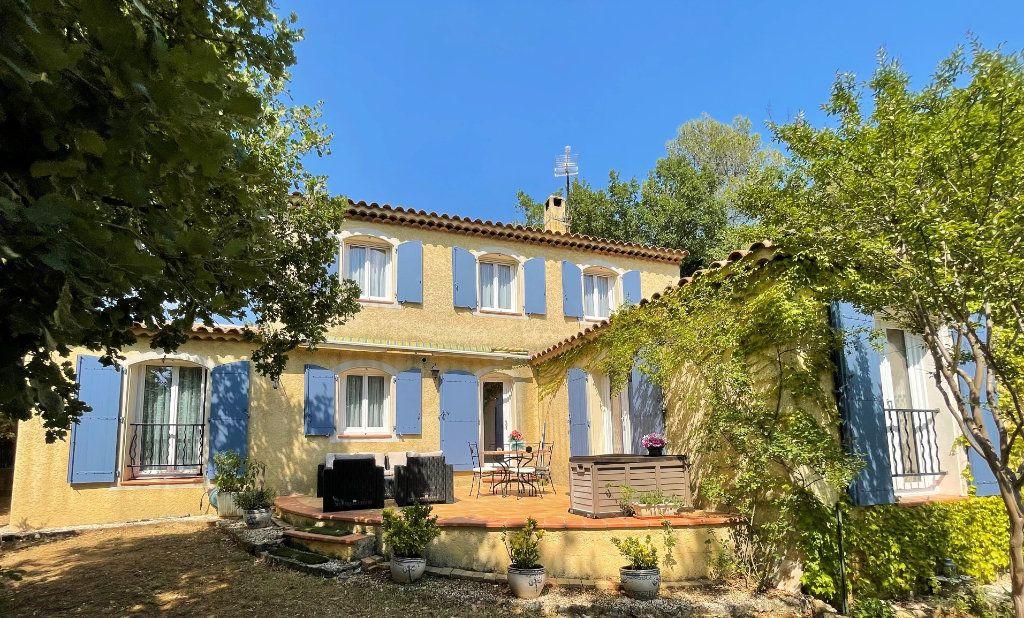 Maison à vendre 5 145m2 à Brignoles vignette-1