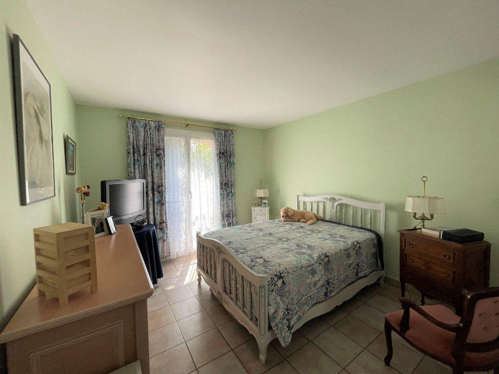 Maison à vendre 5 145m2 à Brignoles vignette-5