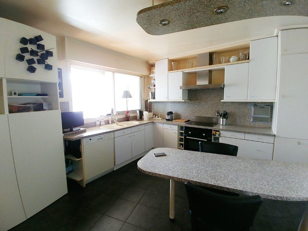 Appartement à vendre 5 115.67m2 à Saint-Gratien vignette-2