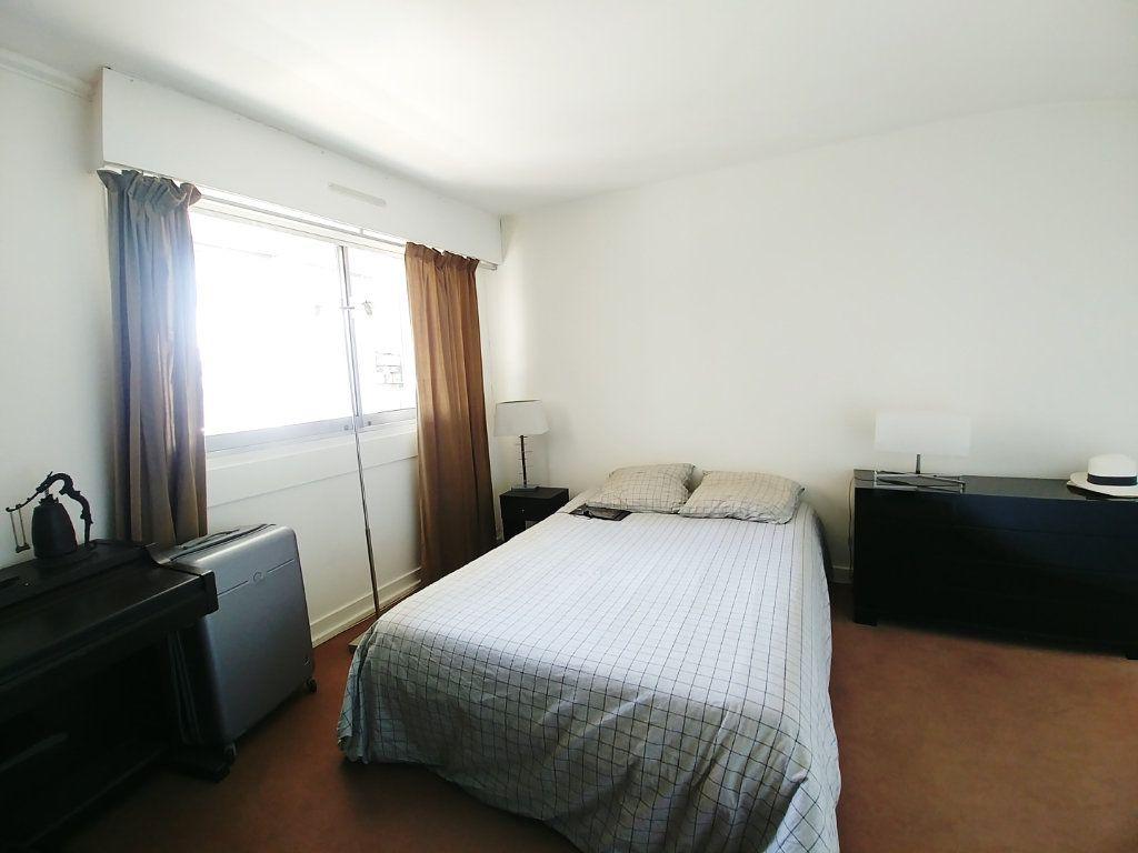 Appartement à vendre 5 115.67m2 à Saint-Gratien vignette-4
