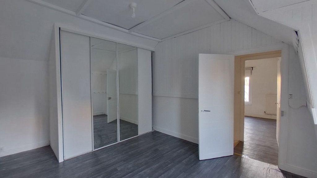 Maison à louer 3 65m2 à Saint-Gratien vignette-5