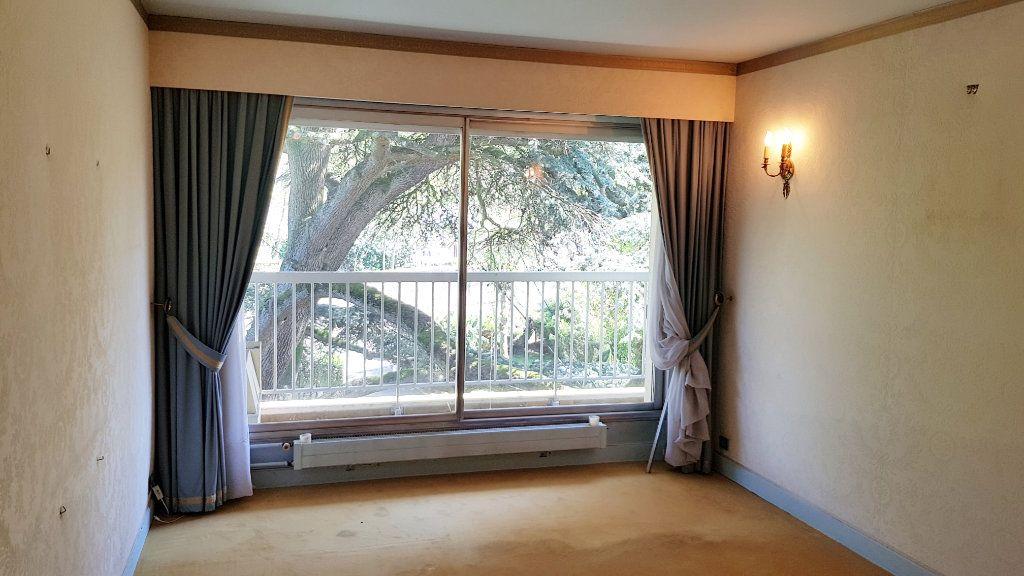 Appartement à vendre 6 132.9m2 à Montmorency vignette-8