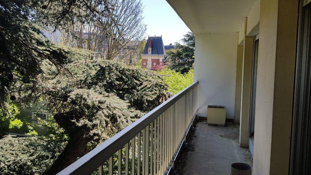 Appartement à vendre 6 132.9m2 à Montmorency vignette-11