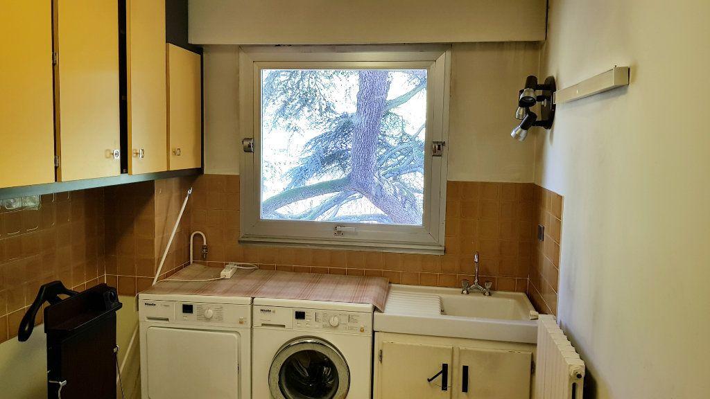 Appartement à vendre 6 132.9m2 à Montmorency vignette-12