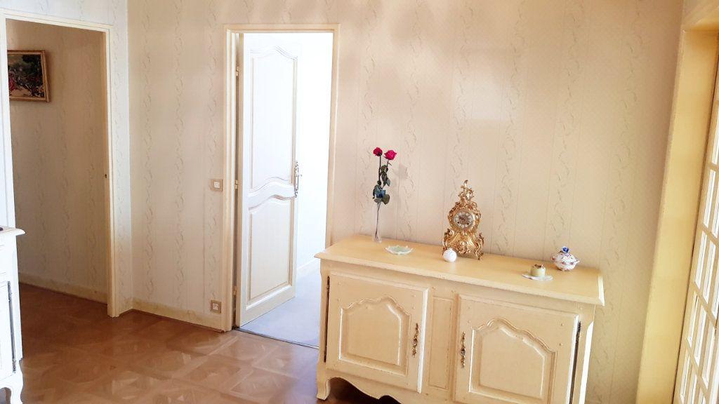 Appartement à vendre 5 102m2 à Saint-Gratien vignette-7