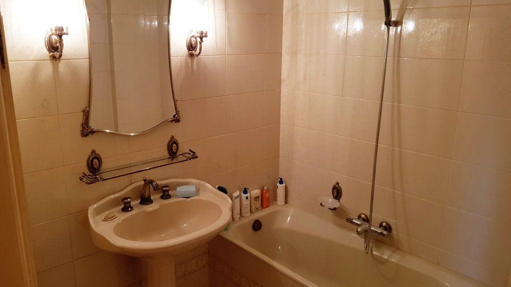 Appartement à vendre 5 102m2 à Saint-Gratien vignette-9