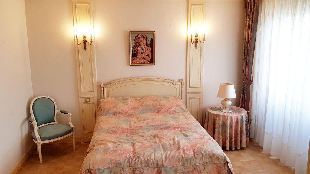 Appartement à vendre 5 102m2 à Saint-Gratien vignette-11