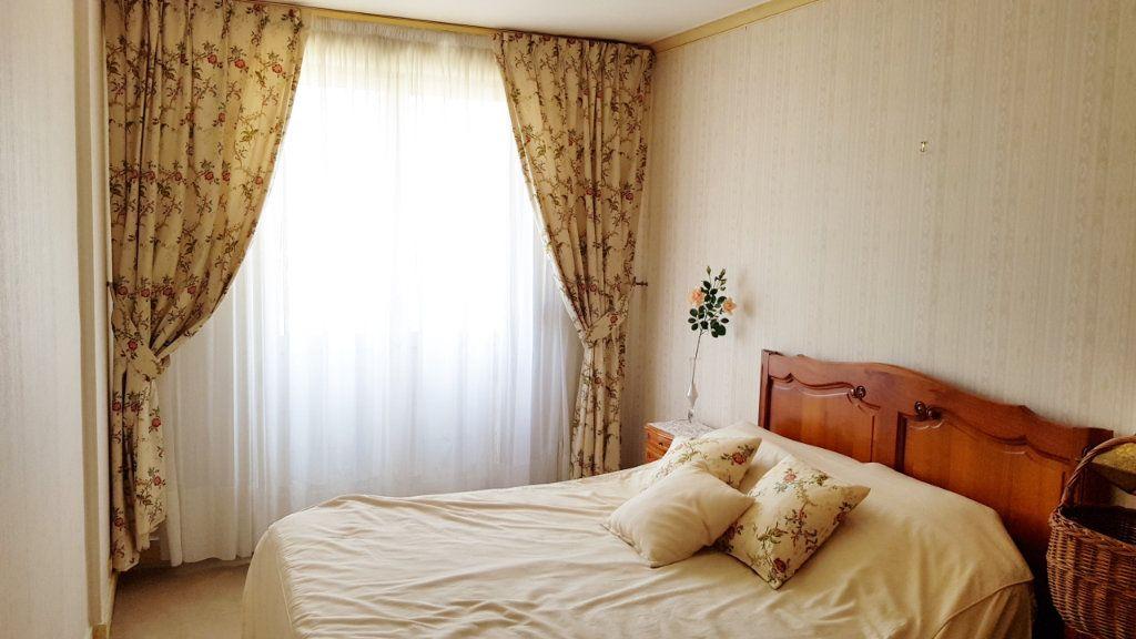 Appartement à vendre 5 102m2 à Saint-Gratien vignette-13