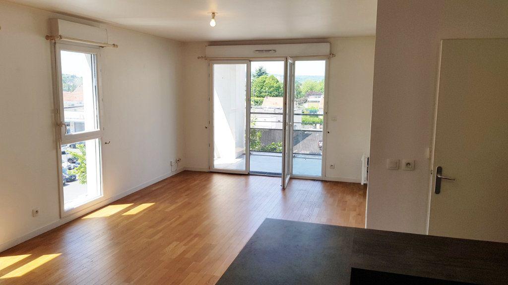 Appartement à vendre 4 77.68m2 à Saint-Gratien vignette-2