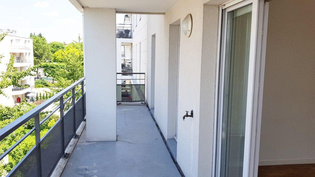 Appartement à vendre 4 77.68m2 à Saint-Gratien vignette-6