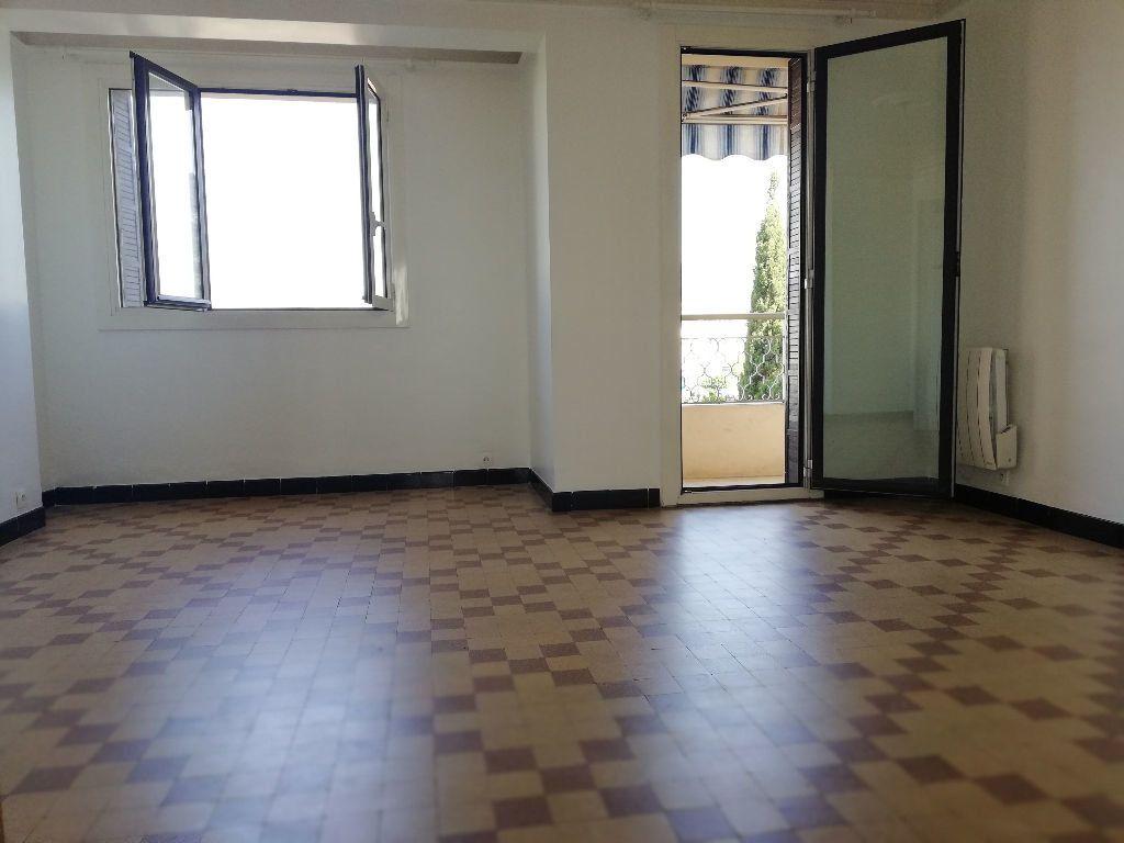 Appartement à louer 3 64m2 à Toulon vignette-5