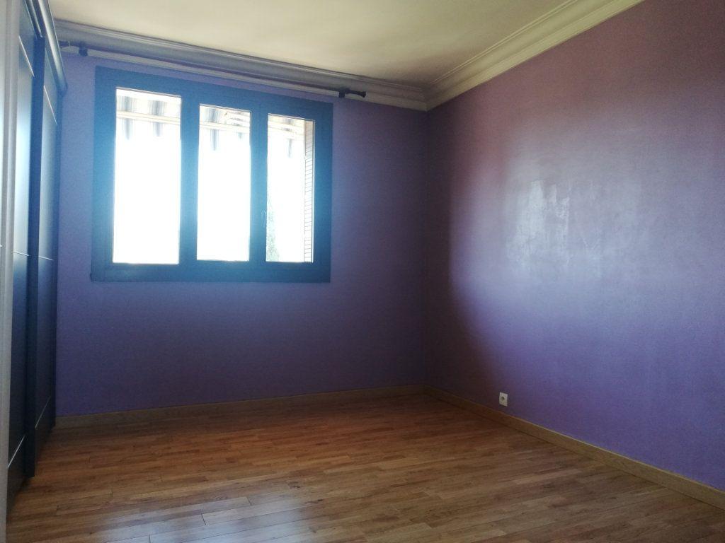 Appartement à louer 3 64m2 à Toulon vignette-7