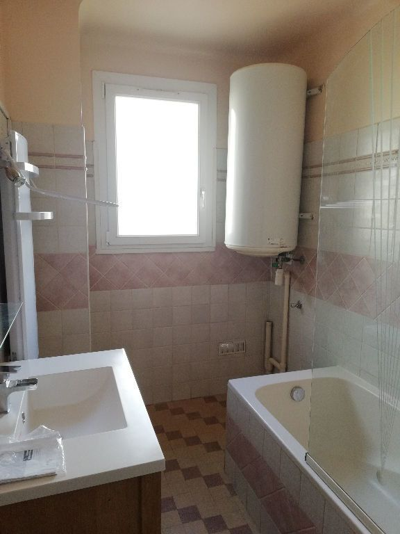 Appartement à louer 3 64m2 à Toulon vignette-10