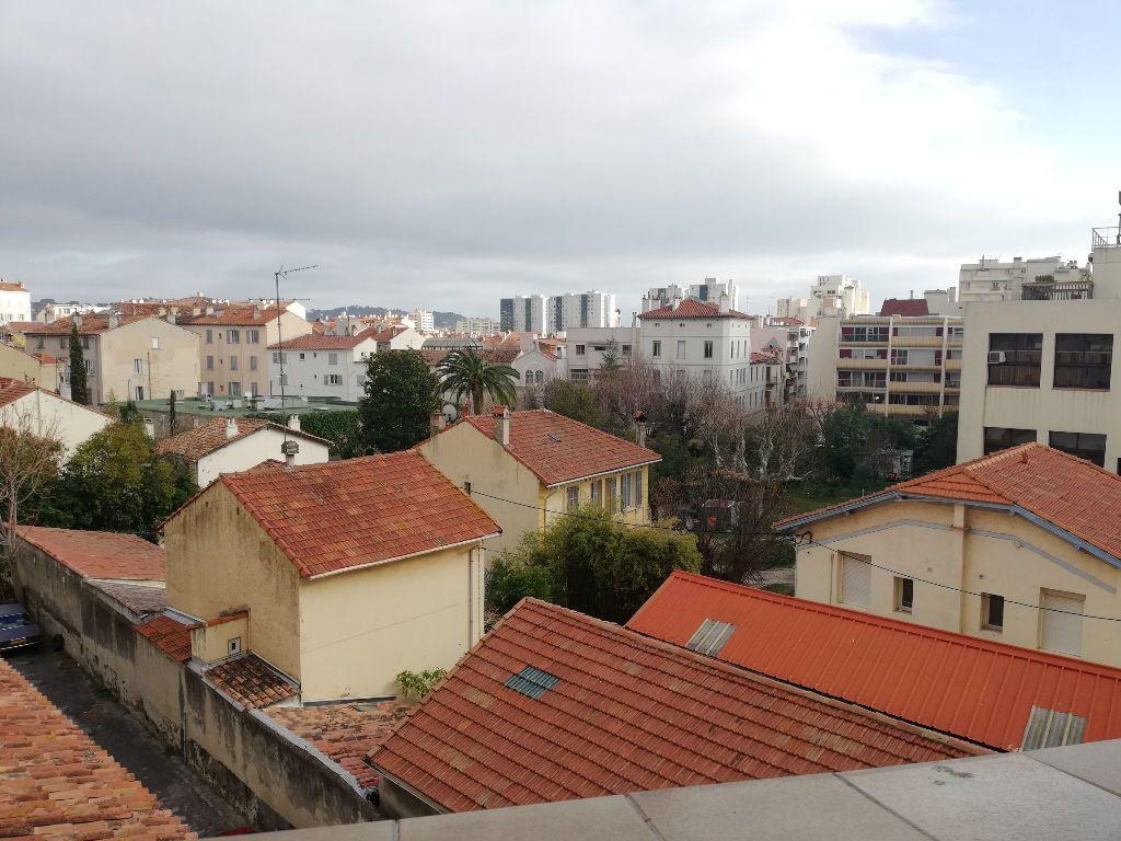 Appartement à louer 3 64m2 à Toulon vignette-12
