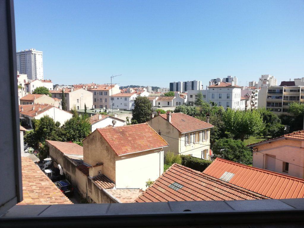 Appartement à louer 3 64m2 à Toulon vignette-13
