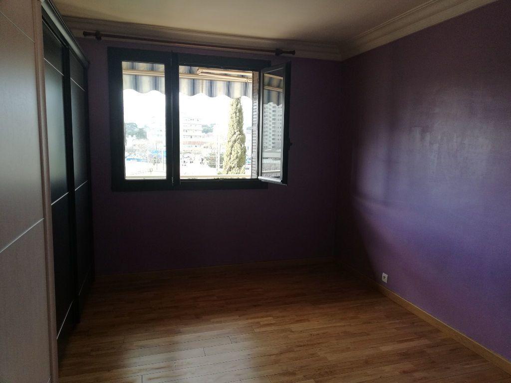 Appartement à louer 3 64m2 à Toulon vignette-14