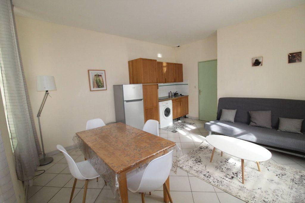 Appartement à louer 2 34.9m2 à Toulon vignette-1