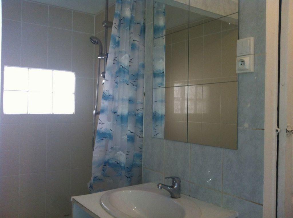 Appartement à louer 3 57m2 à Toulon vignette-4