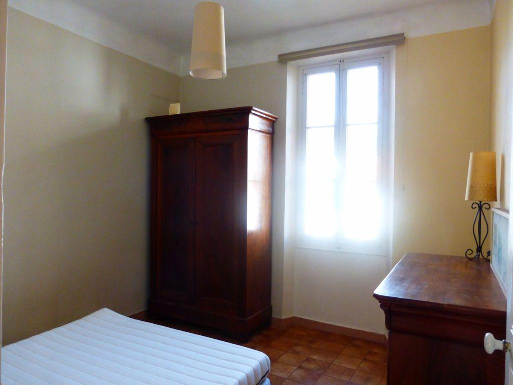 Appartement à louer 2 40m2 à Toulon vignette-6