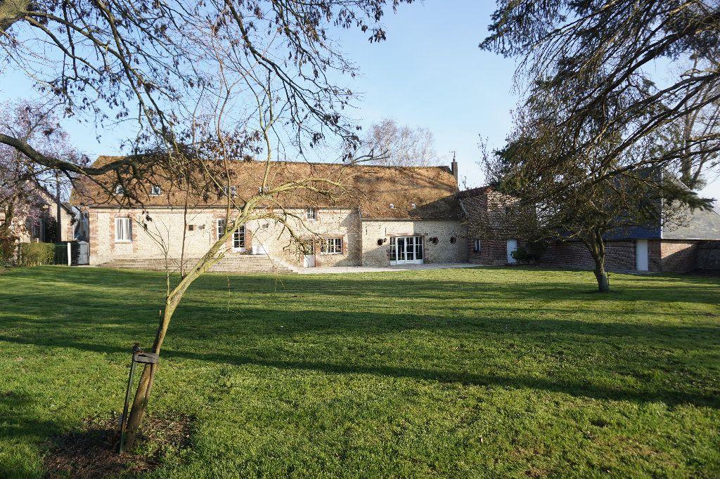Maison à vendre 8 330m2 à Gournay-en-Bray vignette-1