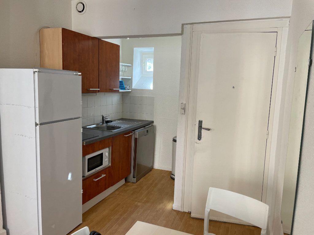 Appartement à louer 3 50m2 à Belleville vignette-2