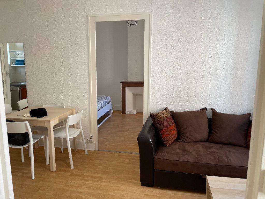 Appartement à louer 3 50m2 à Belleville vignette-4
