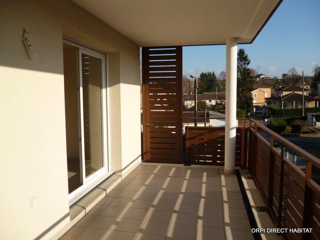 Appartement à louer 3 65.4m2 à Jassans-Riottier vignette-1