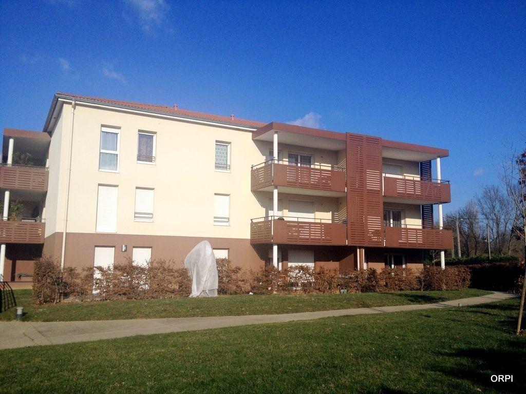 Appartement à louer 3 65.4m2 à Jassans-Riottier vignette-2