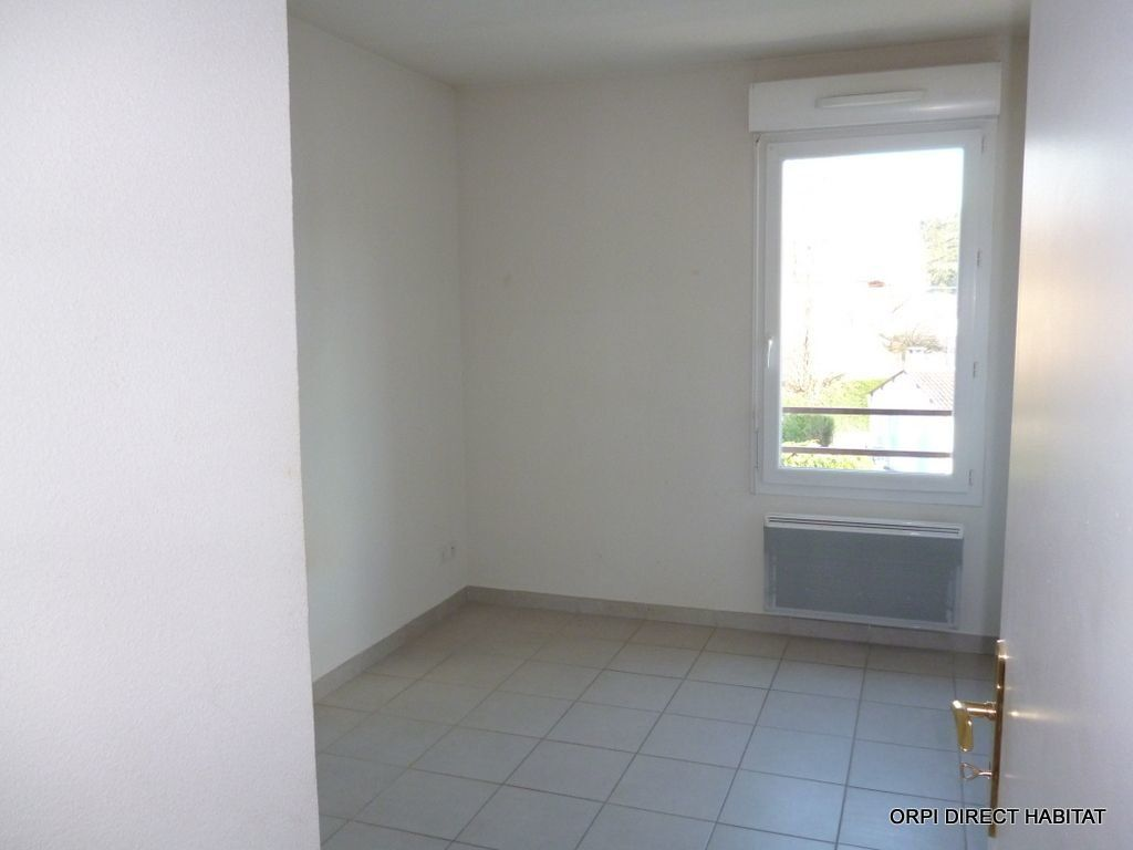 Appartement à louer 3 65.4m2 à Jassans-Riottier vignette-7