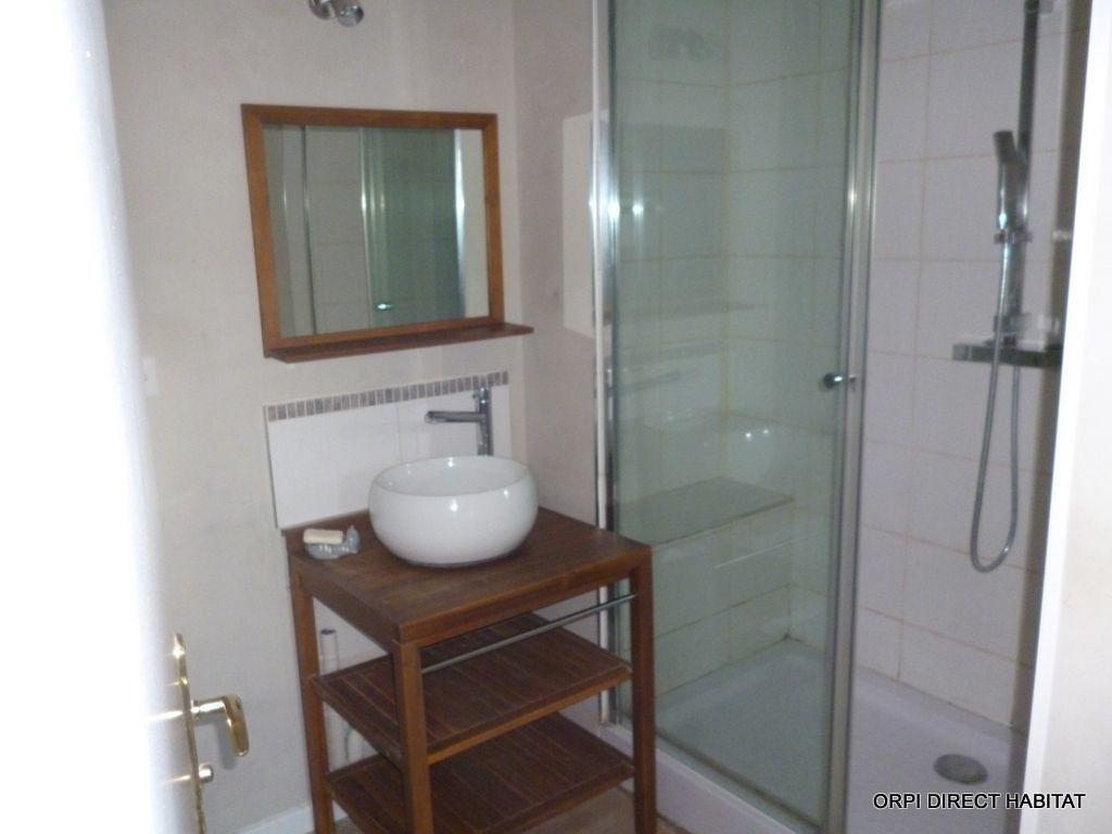 Appartement à louer 3 65.4m2 à Jassans-Riottier vignette-8