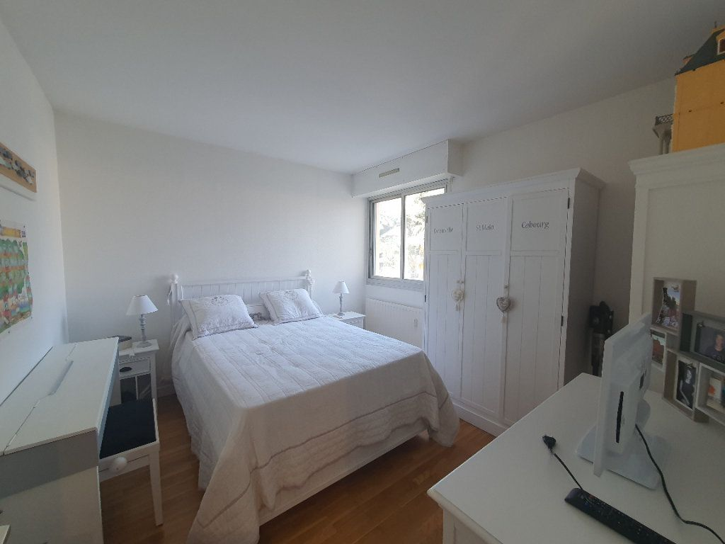Appartement à louer 2 47.29m2 à Villefranche-sur-Saône vignette-5